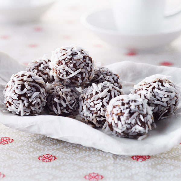 No-Bake Chocolate Date and Rice 'Truffles'