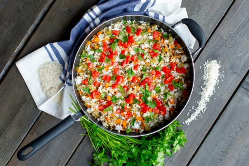 White Rice and Lentil Skillet Dinner